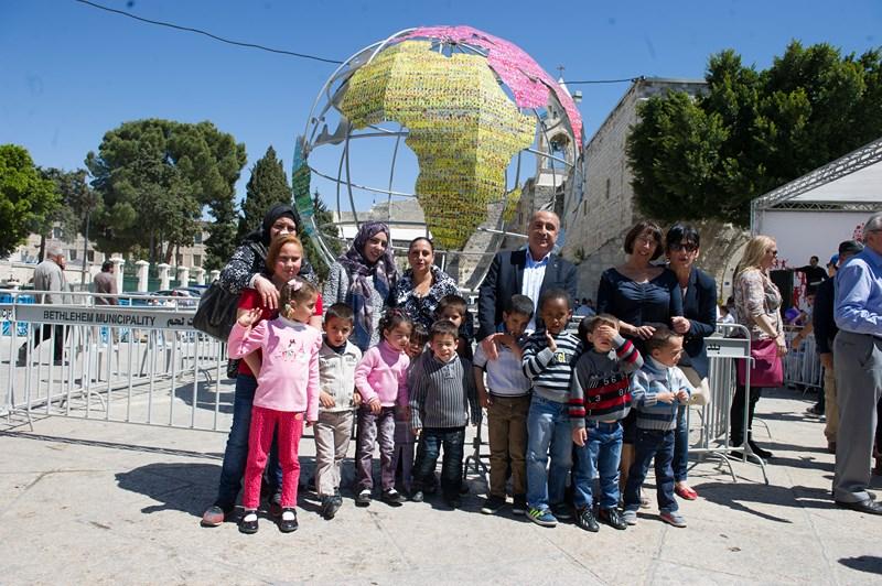 Le Globe au Moyen-Orient – Un Monde Plus Juste